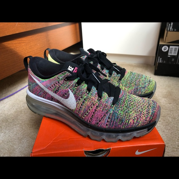 competitive price 6d12c d043d Women's 7 Nike flyknit air max multicolor